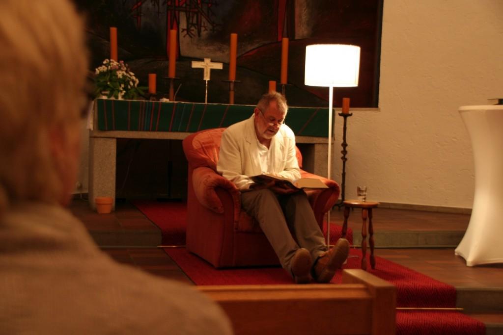 Bibellesemarathon in der Weidener Markuskirche