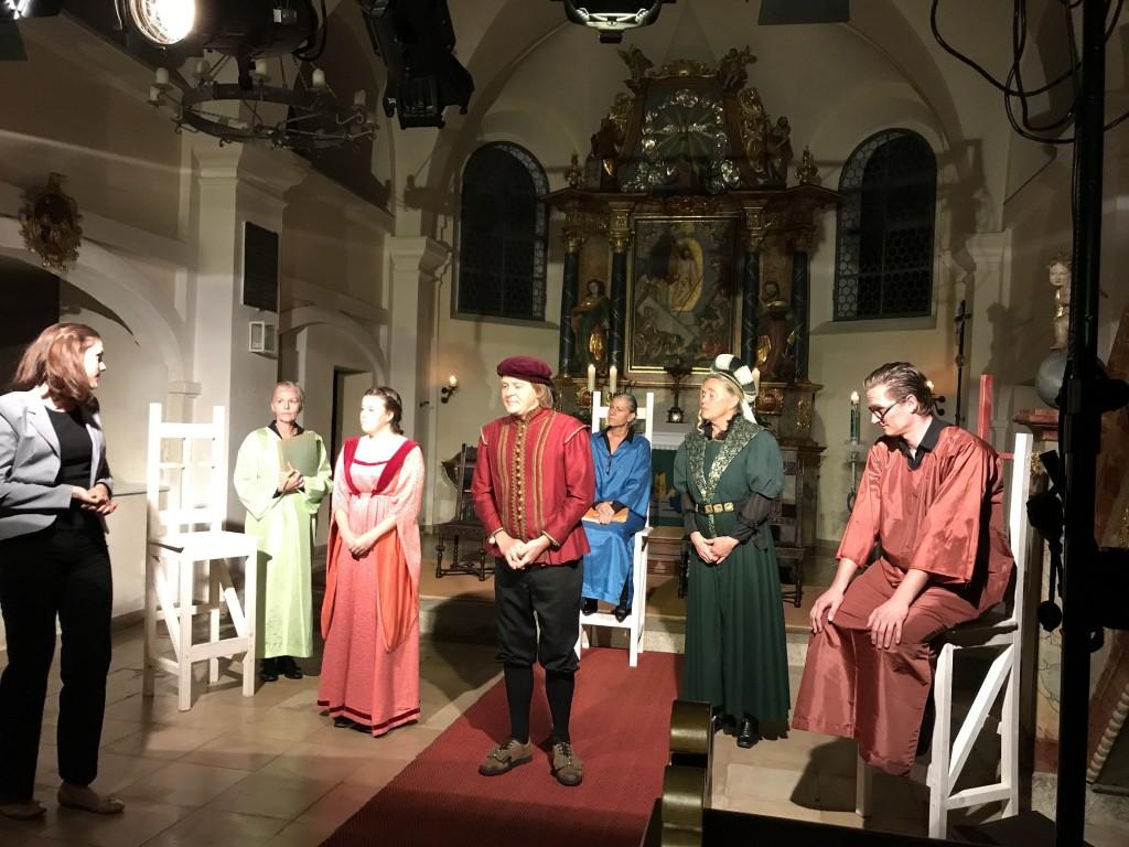 Das Regensburger Theater EIGENART zu Gast in Thumsenreuth (Foto: Kirchengem. Thumsenreuth)