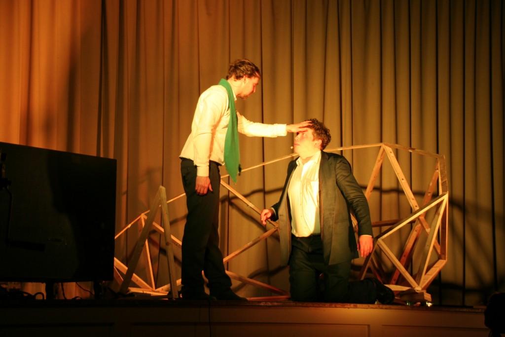 """Das Theaterstück Play Luther zeigte die Reformation """"staubfrei"""" und packend"""