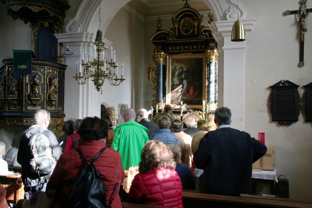 In der hübschen Dorfkirche St. Bartholomäus in Rothenstadt