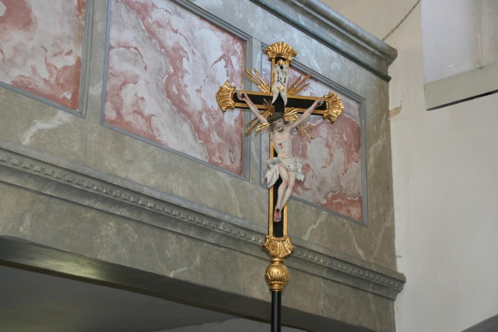 Das katholische Vortragekreuz in St. Jakobus Wildenreuth