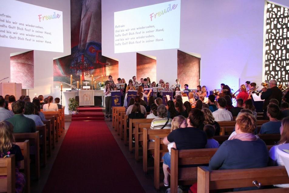 Jugendgottesdienst in der Weidener Markuskirche mit dem Bezirksposaunenchor (Foto: Götte)